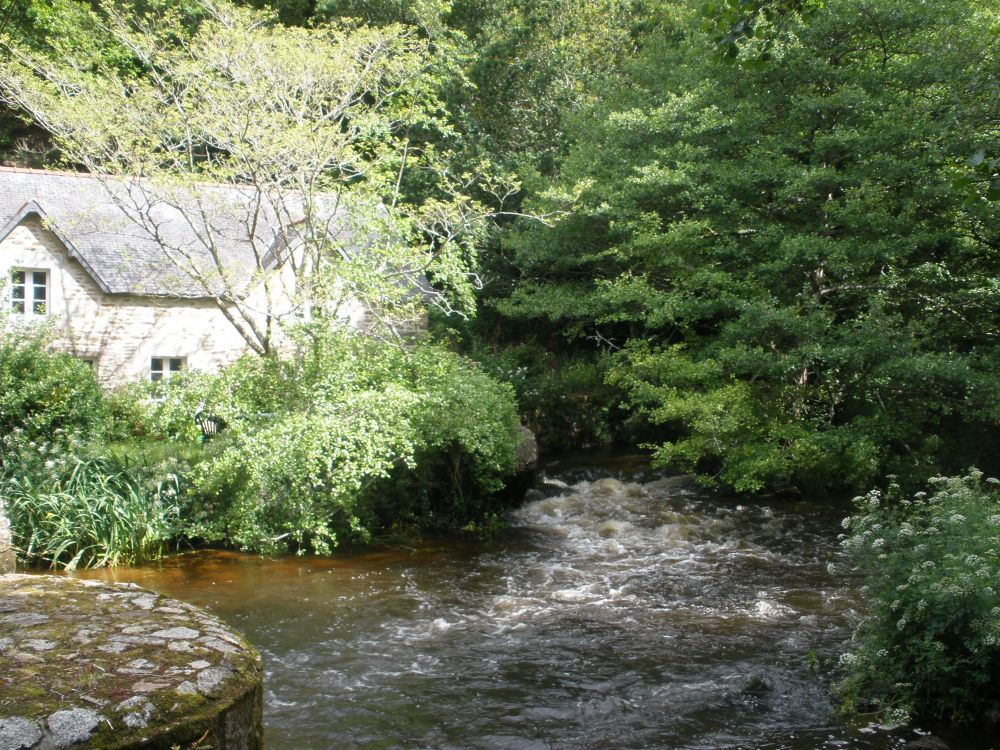 beginning of river walk