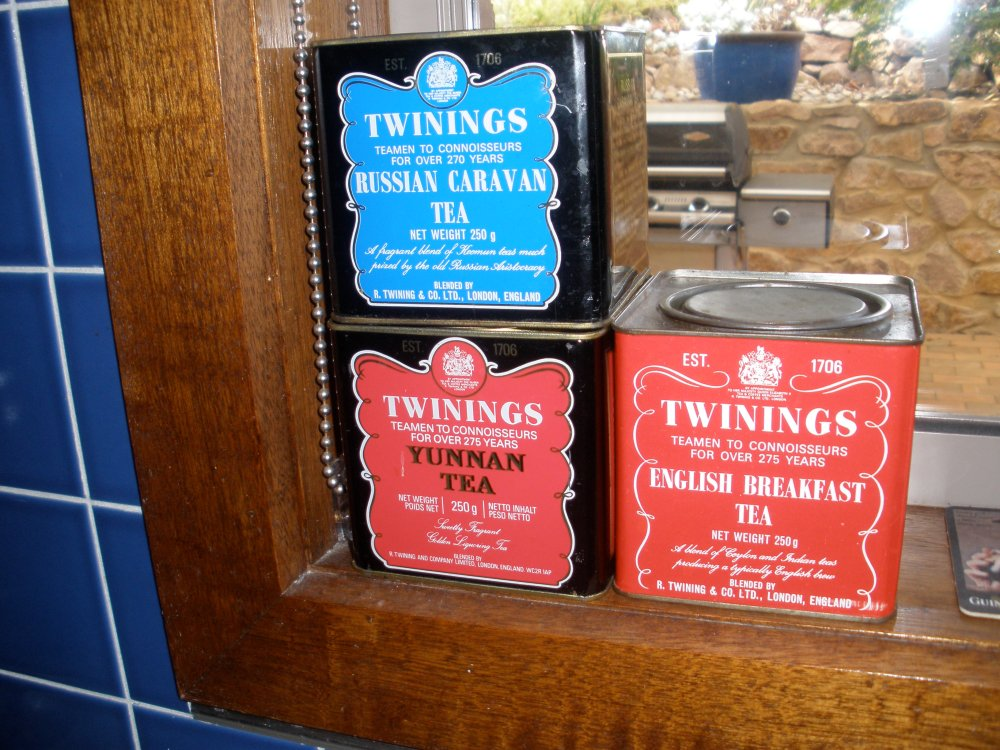 tea tins 2