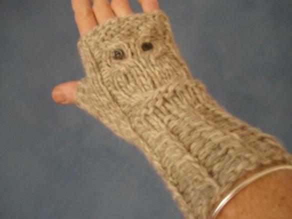owl glove 2