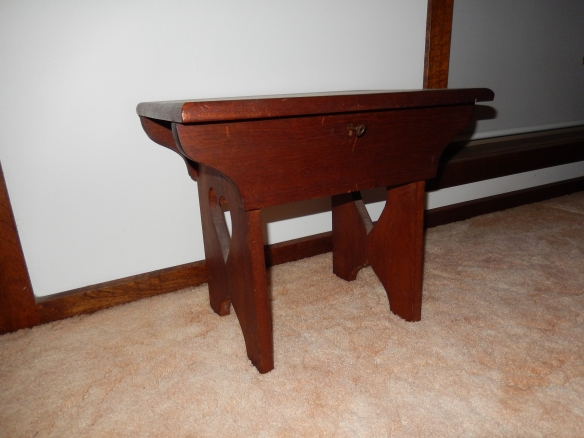Sewing stool