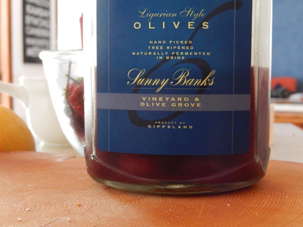 Metung Olives