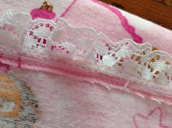 lace edge
