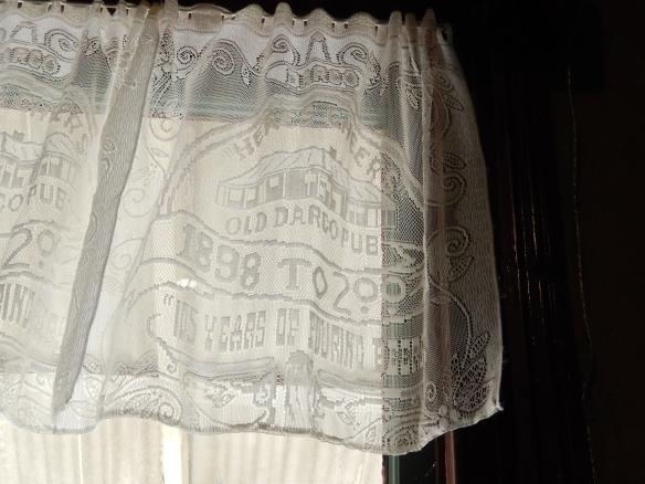 commemorative curtains