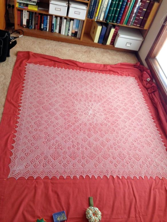Shetland ring shawl