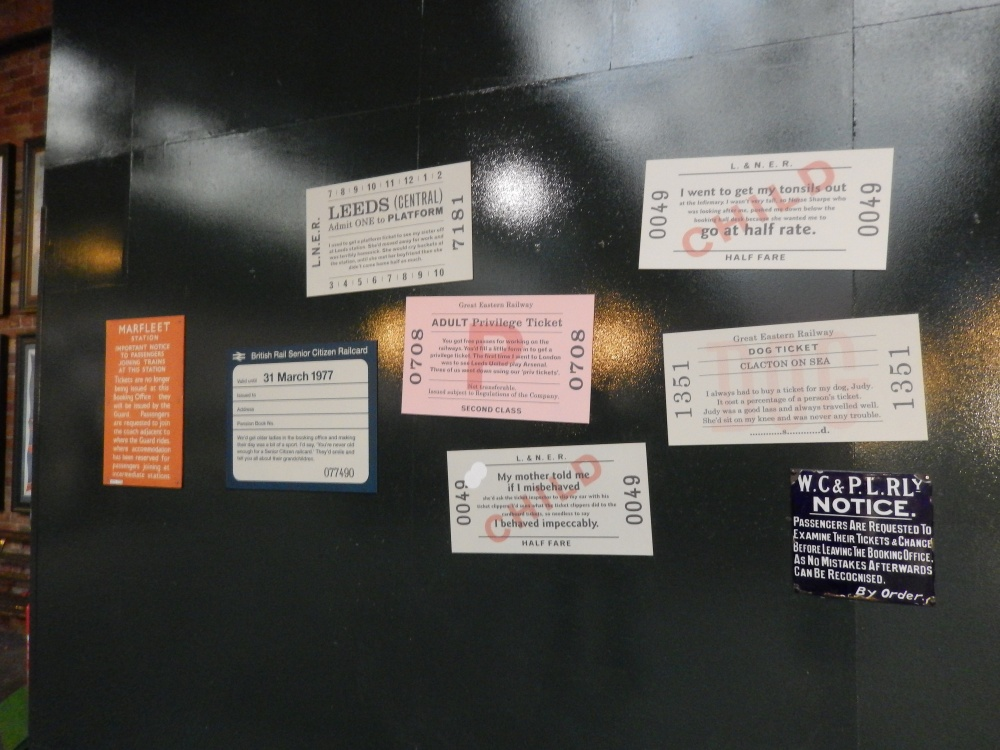 Clever display using ticket blanks